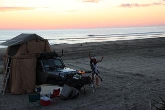 I LOVE BEACH CAMPING!